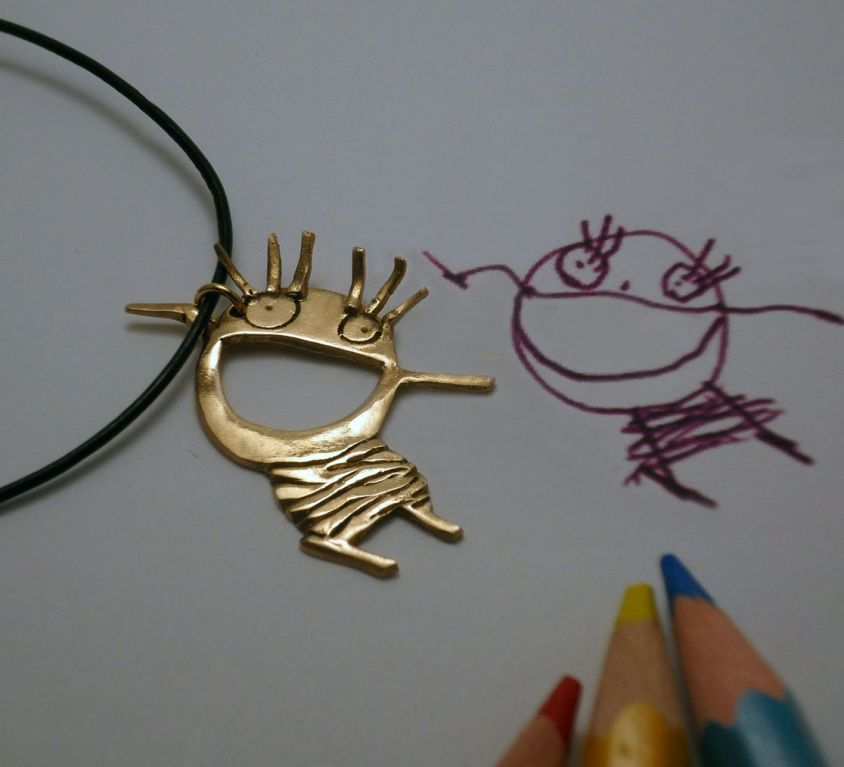 [CUSTOM-MADE] Bronze child pendant from his drawing