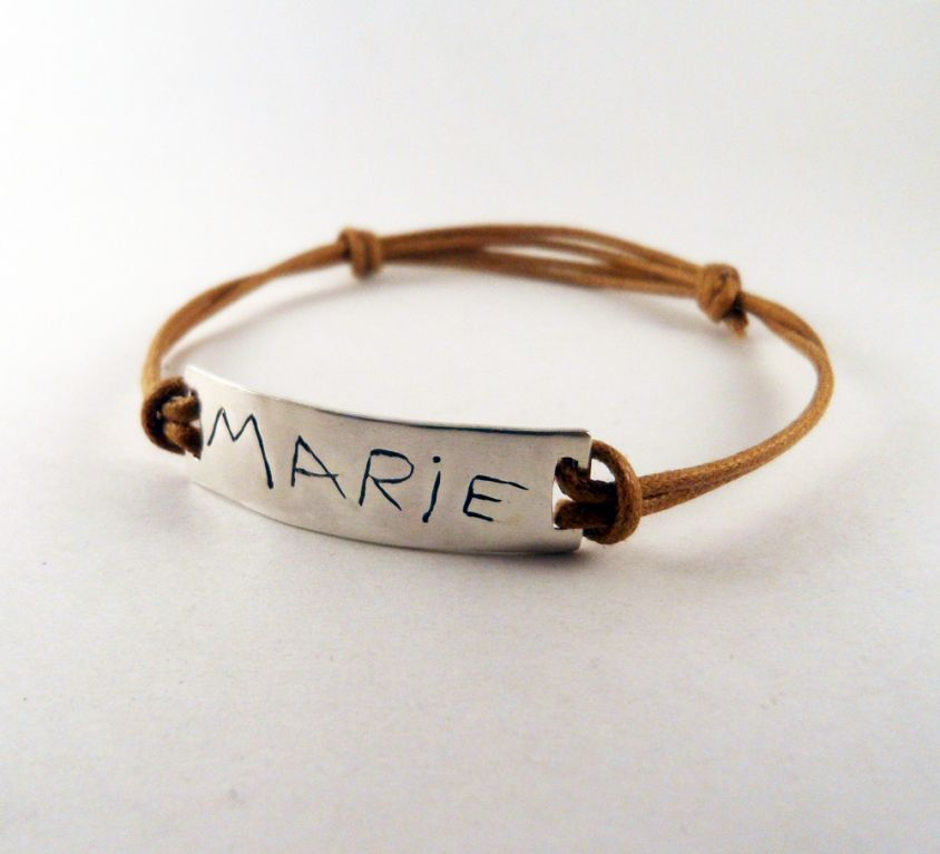 [Custom-made] Name engraved bracelet in silver and cord