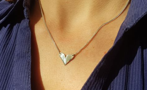 The heart – women's silver necklace