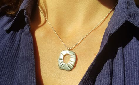 The sun – women's silver necklace